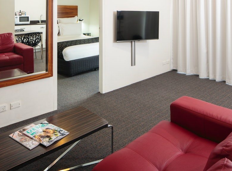 A picture of the one bedroom apartment in the Cambridge Hotel in Surry Hills