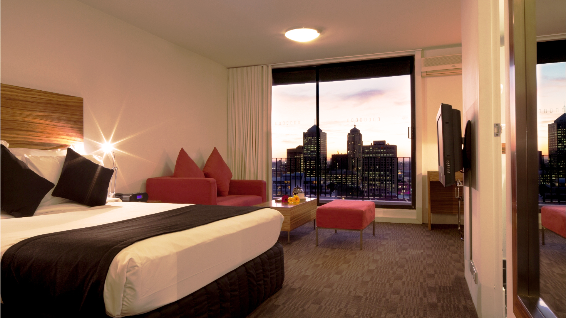 Sydney gay bed and breakfast for Best boutique hotels sydney