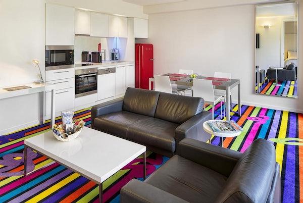 sydney penthouse accommodation loft cityscape suite main lounge area
