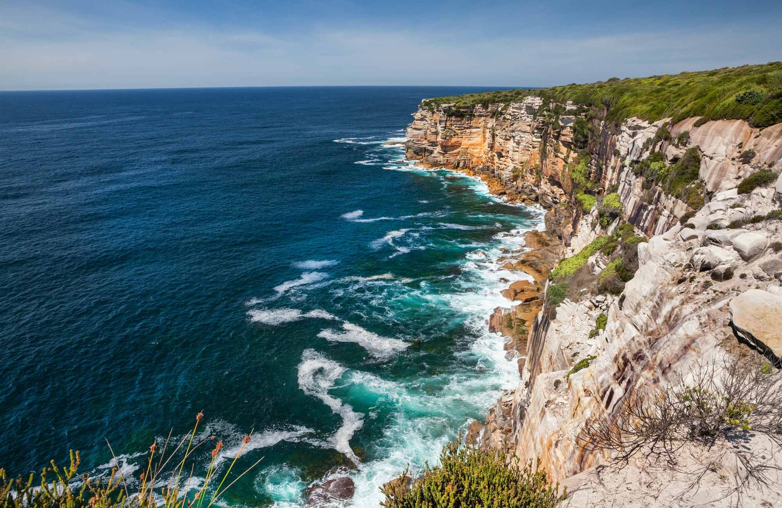 A picture of the cliffs in Sydney near Surry Hills